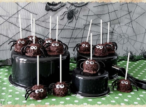 """TRIPLE CHOCOLATE SPIDERS"""