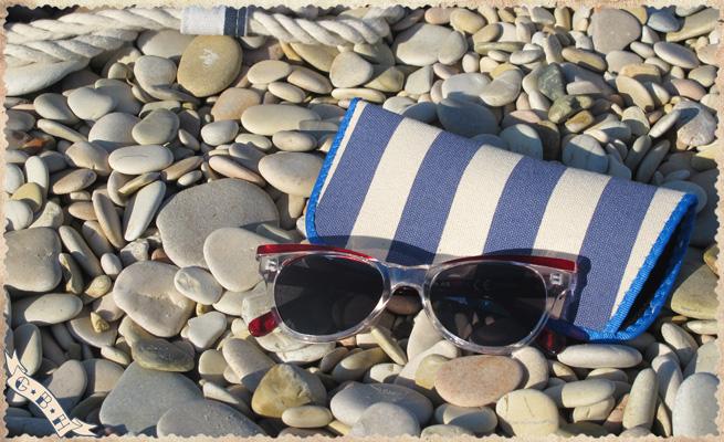 navy_summer_sunglasses